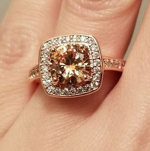 Jewelry - 🆕️Stunning Rose Gold - AAA+++ CZ Ring